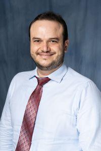Dr.Mahmoud Mona